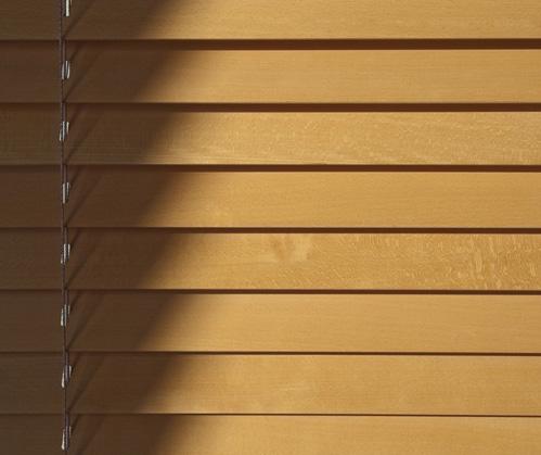 zaluzje-drewniane
